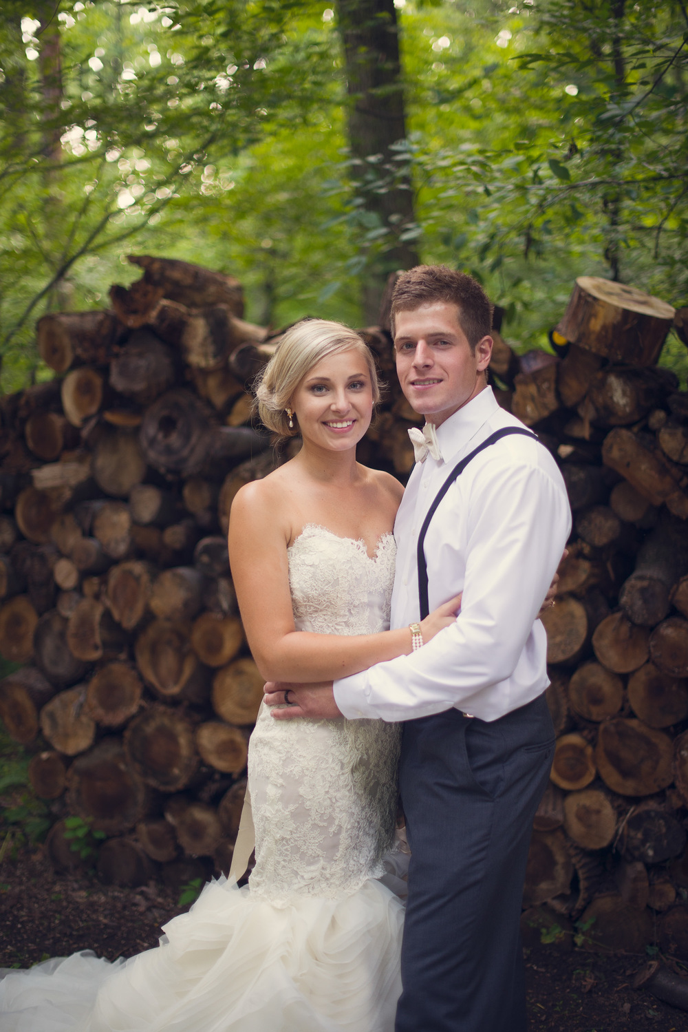 bride groom laughter smiling portrait THPHOTO forest woodpile