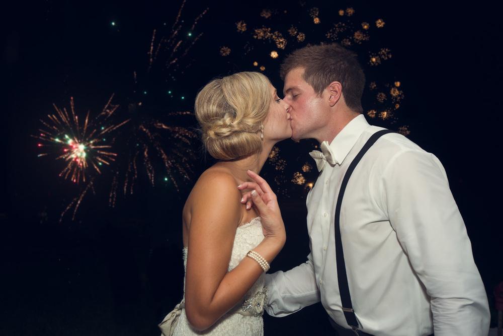 husband wife bride groom kiss fireworks magical portrait THPHOTO night