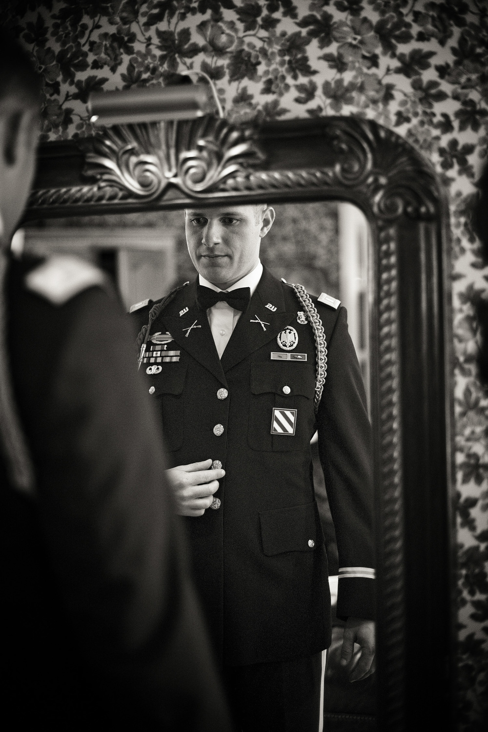 groom American Army 1LT First Lieutenant portrait THPHOTO
