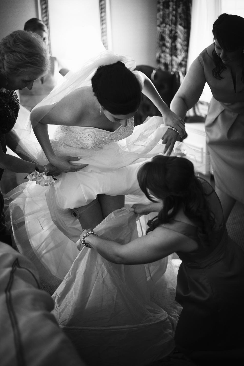 bride dress cage bw THPHOTO