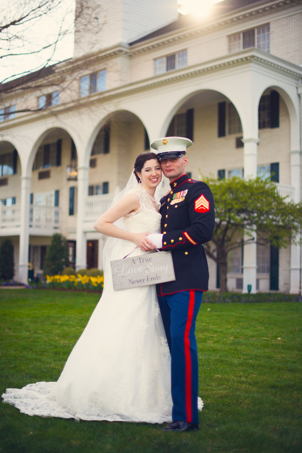 bride groom marine thanks outdoor love husband wife portrait THPHOTO