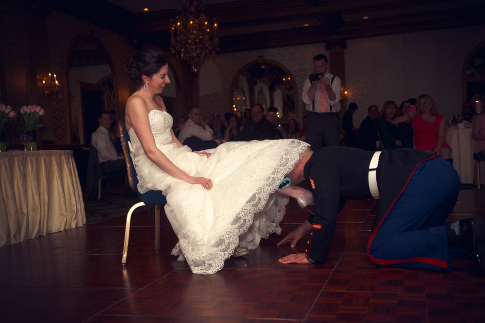 bride groom husband wife garter THPHOTO