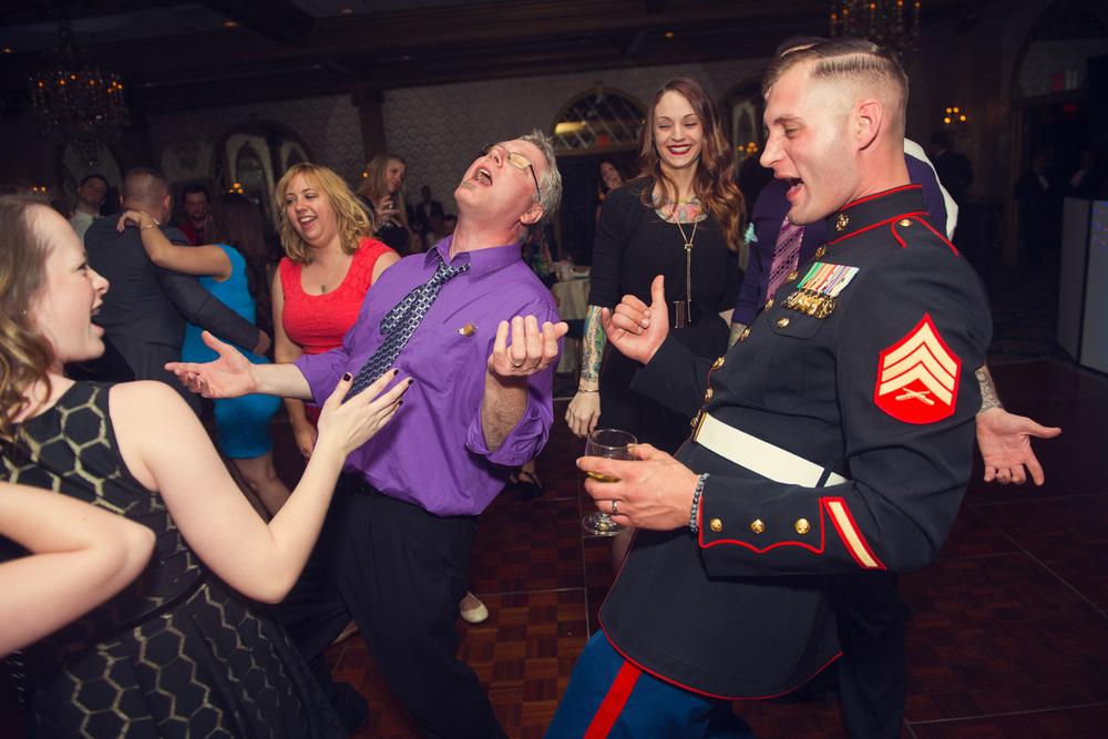 guest dancing reception Marine smiling portrait THPHOTO