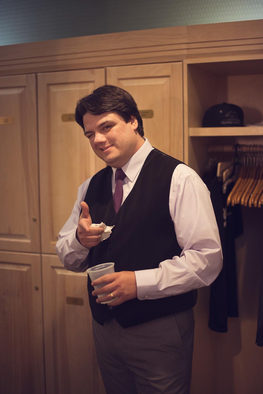 groomsmen suit getting ready