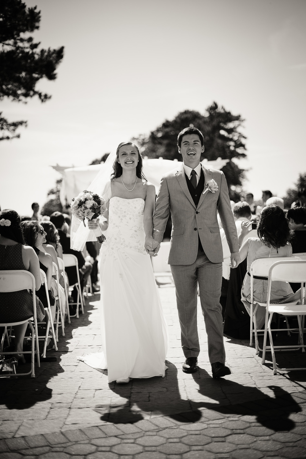 groom bride sunshine daytime wedding ceremony husband wife joy celebration happiness portrait THPHOTO bw