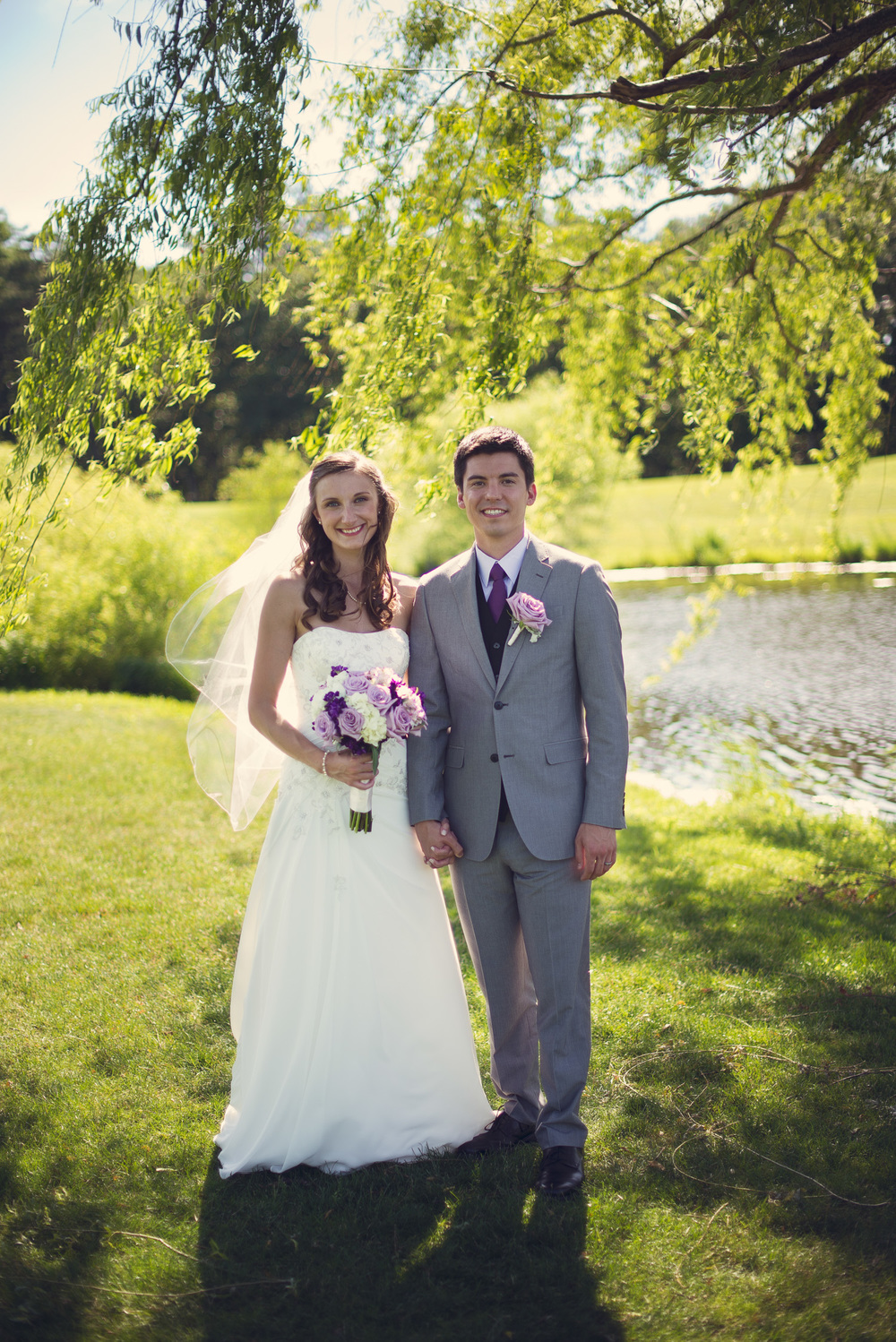 Blue Heron Pines Golf Club sunshine daytime wedding bride groom smiling husband wife love portrait THPHOTO