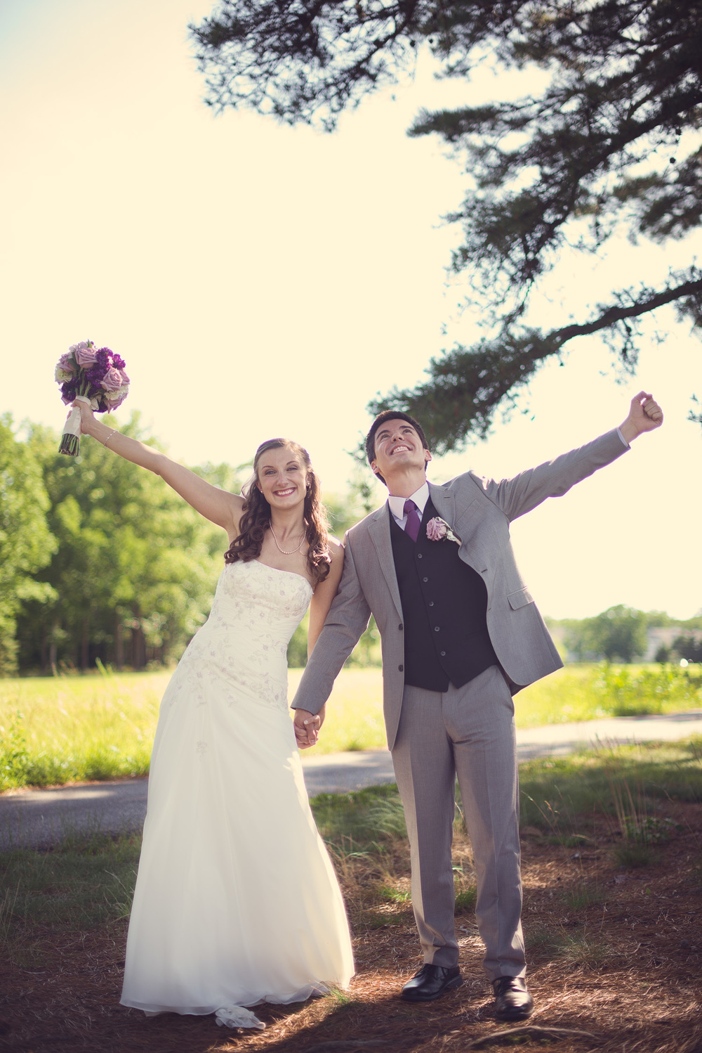 Blue Heron Pines Golf Club sunshine daytime wedding bride groom celebrate joy husband wife love portrait THPHOTO