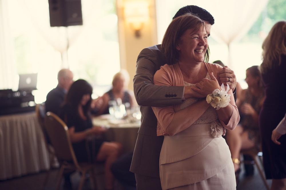 reception wedding groom mother son dance portrait THPHOTO