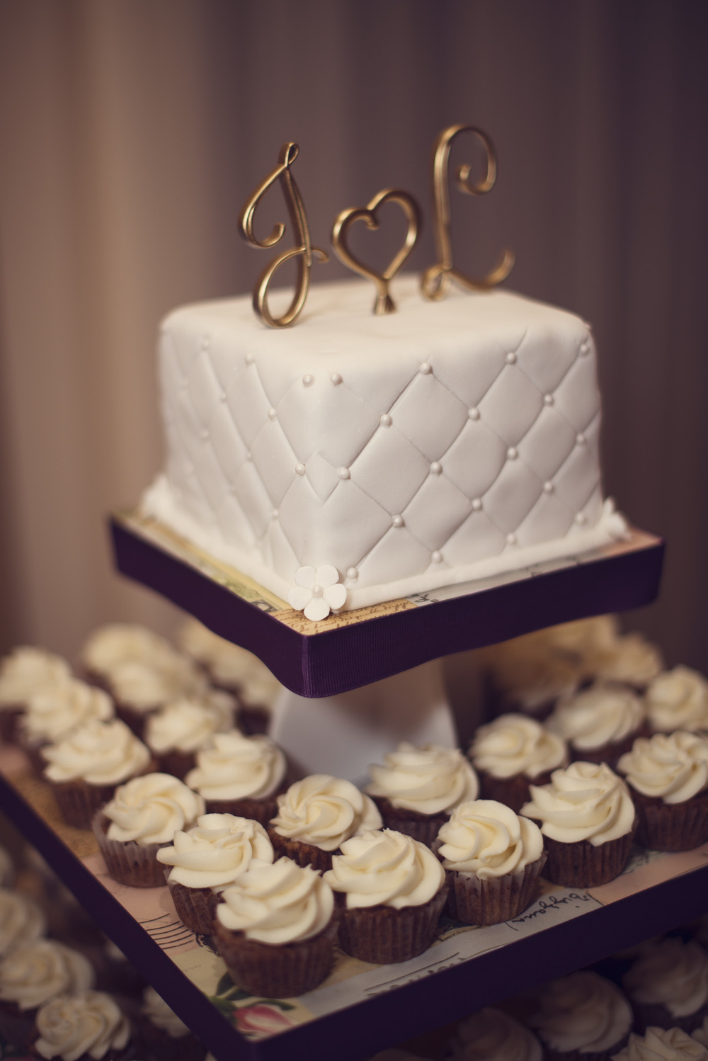 reception wedding cake dessert JL