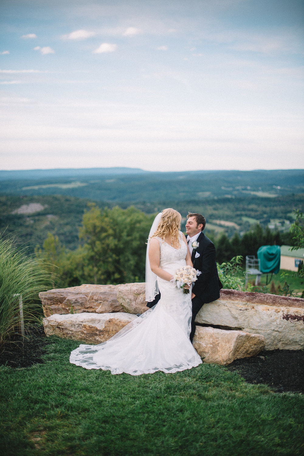 THPHOTO bride groom couple married Blue Mountain Ski Resort Palmerton PA portrait