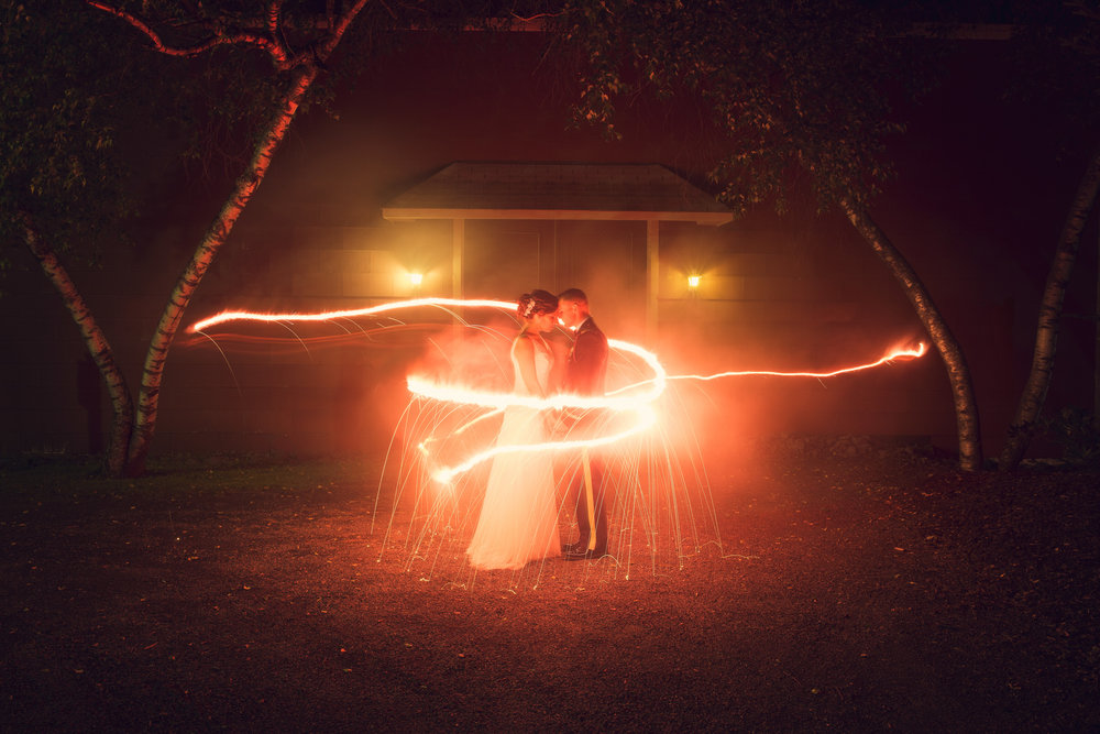 THPHOTO wedding sparklers long exposure portrait magic inspiration couple bride groom love