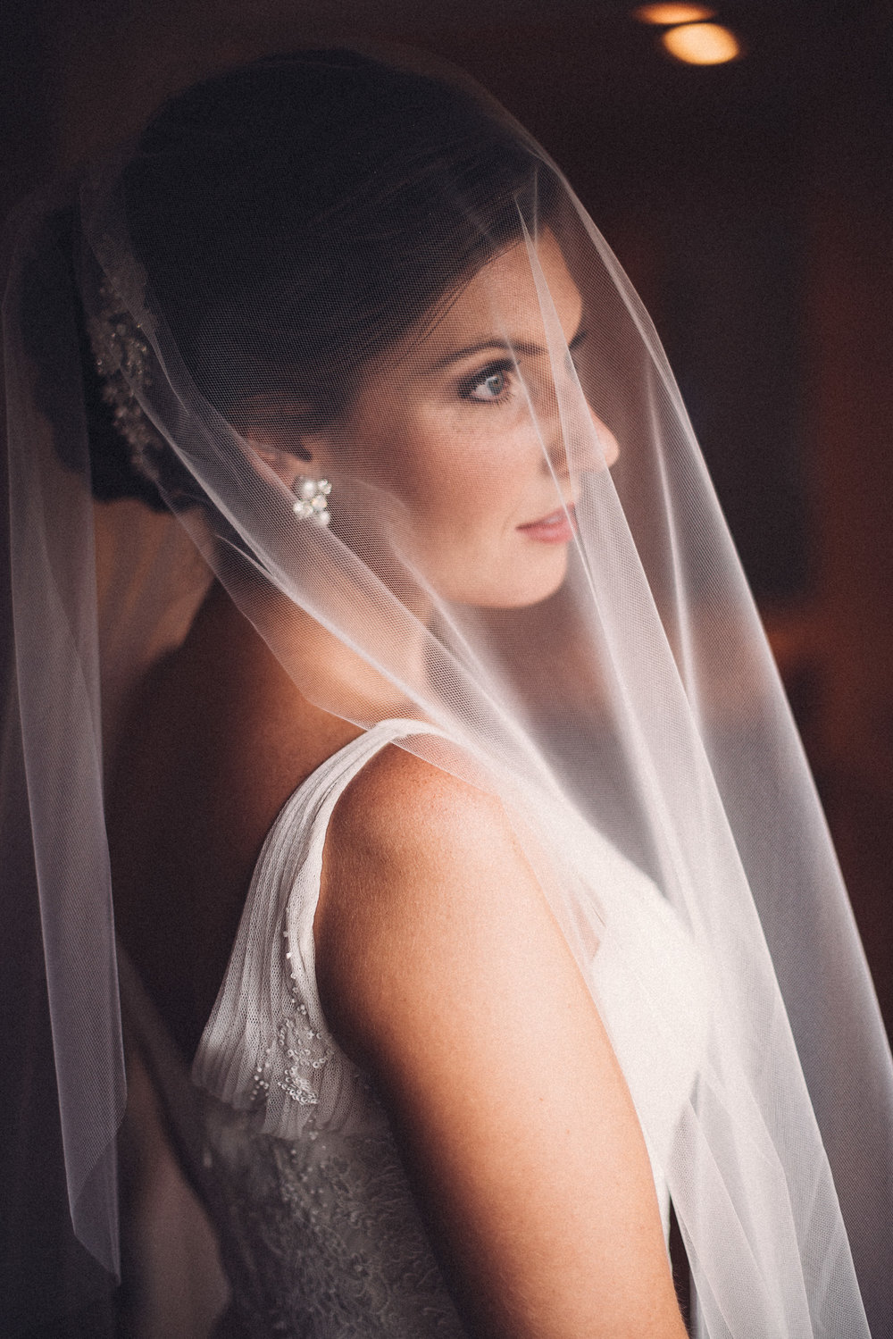Bride veil window natural beauty Mountain Spring Lake Hotel Reeders PA THPHOTO