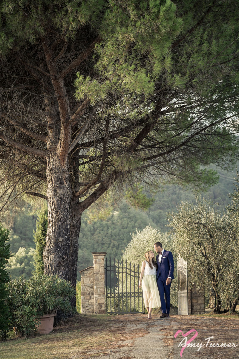 Tuscany Wedding - Bride & Groom