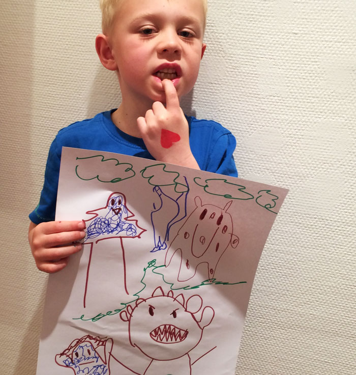 Malte ritar vassa tänder