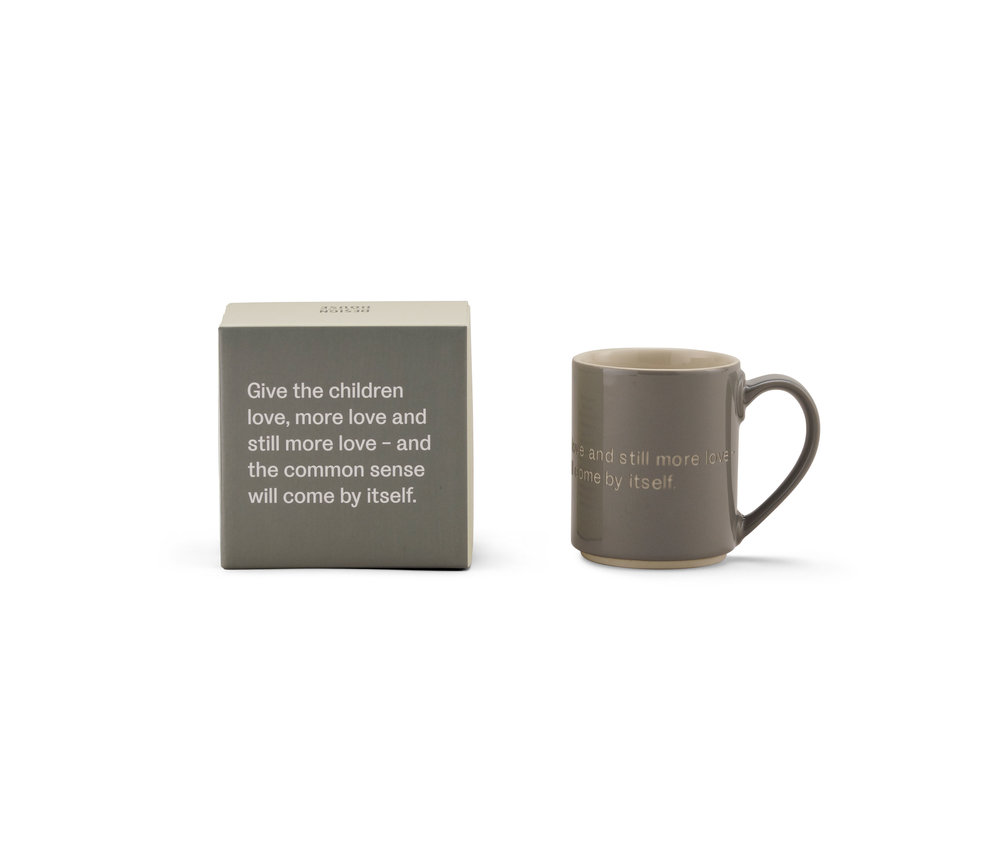 Gray-Mug-Box-English-White-BG-Shadow.jpg