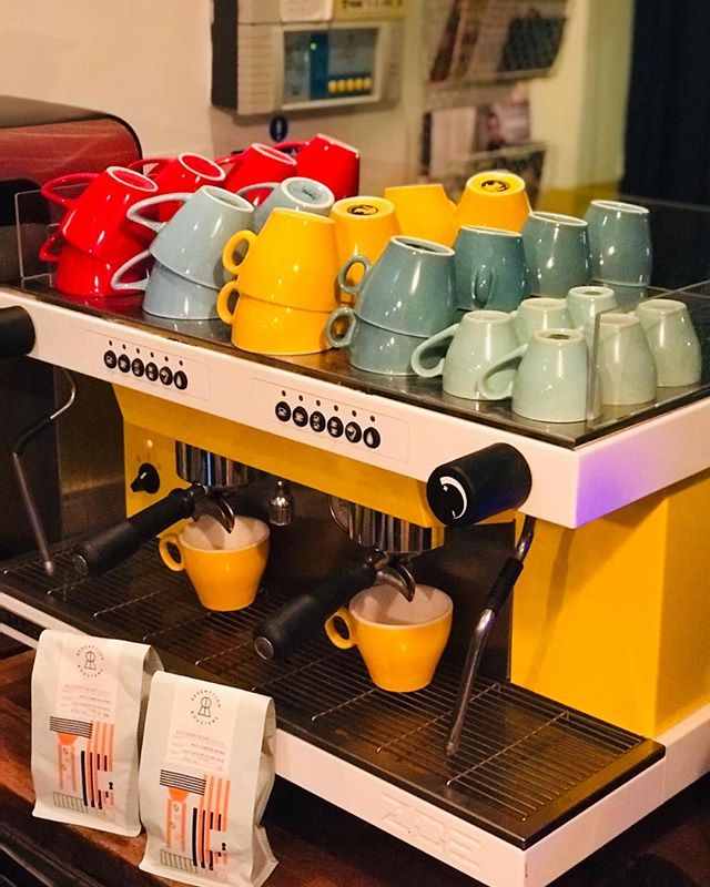 Zoe is back! Bigger, brighter, bolder, and better. Thanks to @redemptionroasters we've upgraded! We make the day sunnier @outofthebrew . . . #sexy#coffee#machine#cafe  #newcross#newcrossgate  #redemptionroasters  #sociallyresponsible#yellow  #sunny#bold#bright