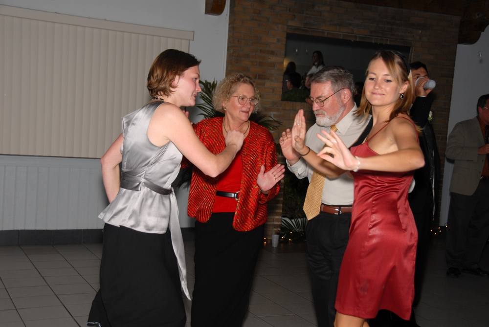 Stone Family Dancing - Get Photo!.jpg