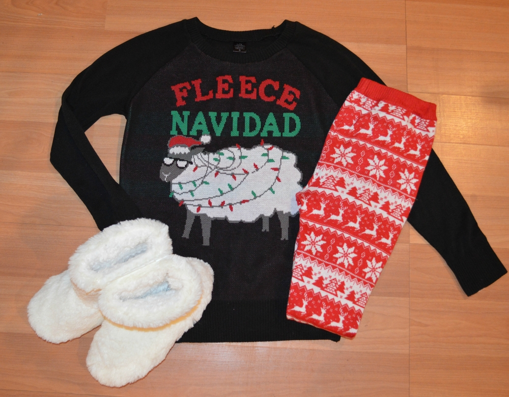 fleece-navidad-outfit-jpg.jpeg