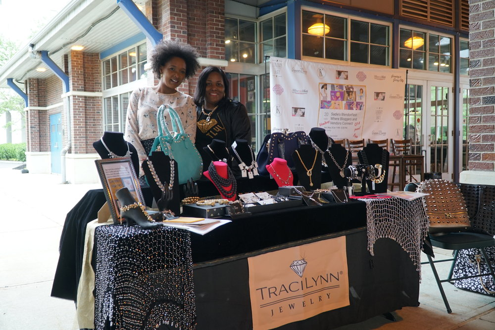 JEWELRY/ACCESSORIES: Yvette Tay-Taylor is an Independent Consultant | www.traciynnjewelry.net/92561