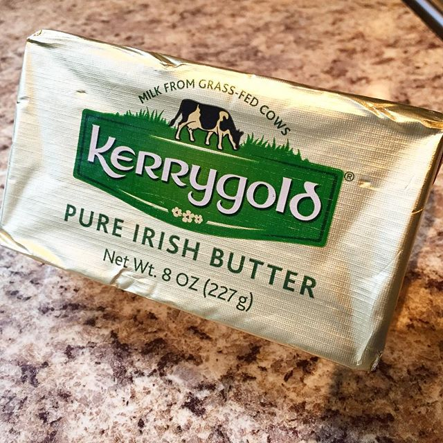 I tried @kerrygoldirl butter for the first time today and it is absolutely AMAZING!! Unfortunately you can't get this is Canada but if you have the opportunity to get your hands on some, it's a definite must try! The cows are grass fed and happy! 🐮 🐄 ..Try it in your bulletproof ☕️ #wellness #butter #grassfed #healthy #cleaneating #glutenfree #toronto #ireland #bulletproofcoffee #healthyeating #organic #happy #delicious