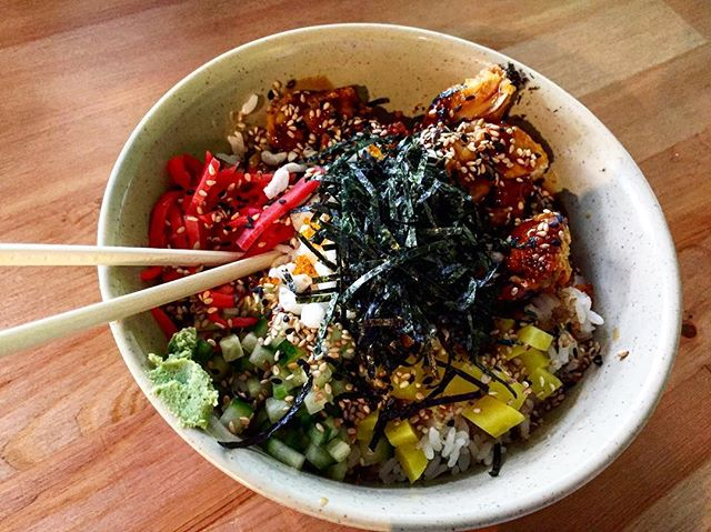 Awesome lunch bowl at @hungry_ninja_  Super delicious!!! 😋  #lunch #brunch #wellness #guleph #toronto #happy #glutenfree #japanese #lunchbowl