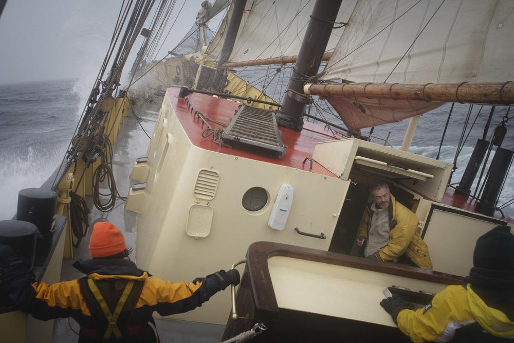 Nick-Cobbing-Noorderlicht-Arctic-sailing-ship-10.jpg