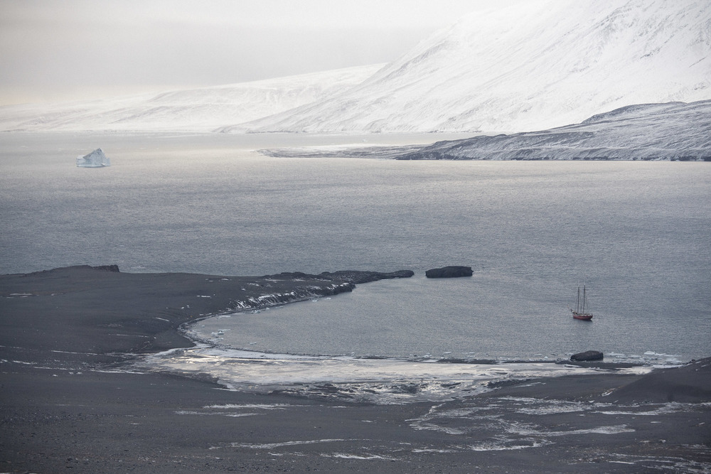 Nick-Cobbing-Noorderlicht-Arctic-sailing-ship-12.jpg