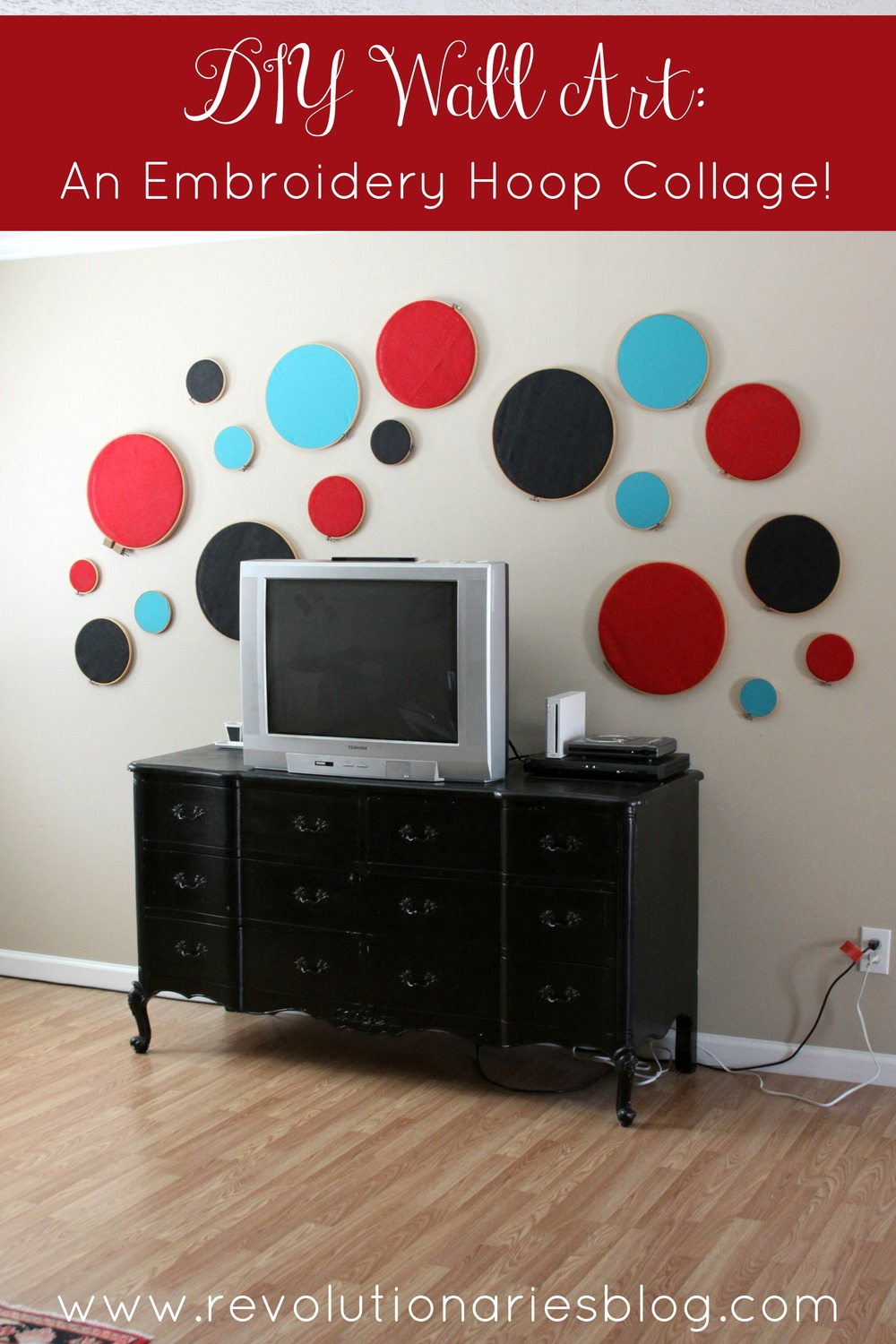 diy-wall-art-an-embroidery-hoop-collage.jpg