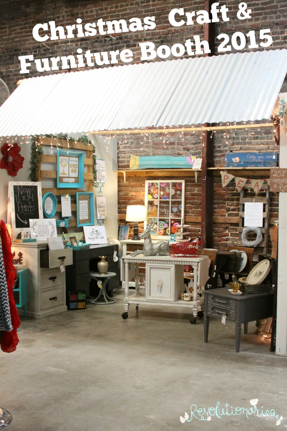 christmas-craft-and-furniture-booth-1.jpg