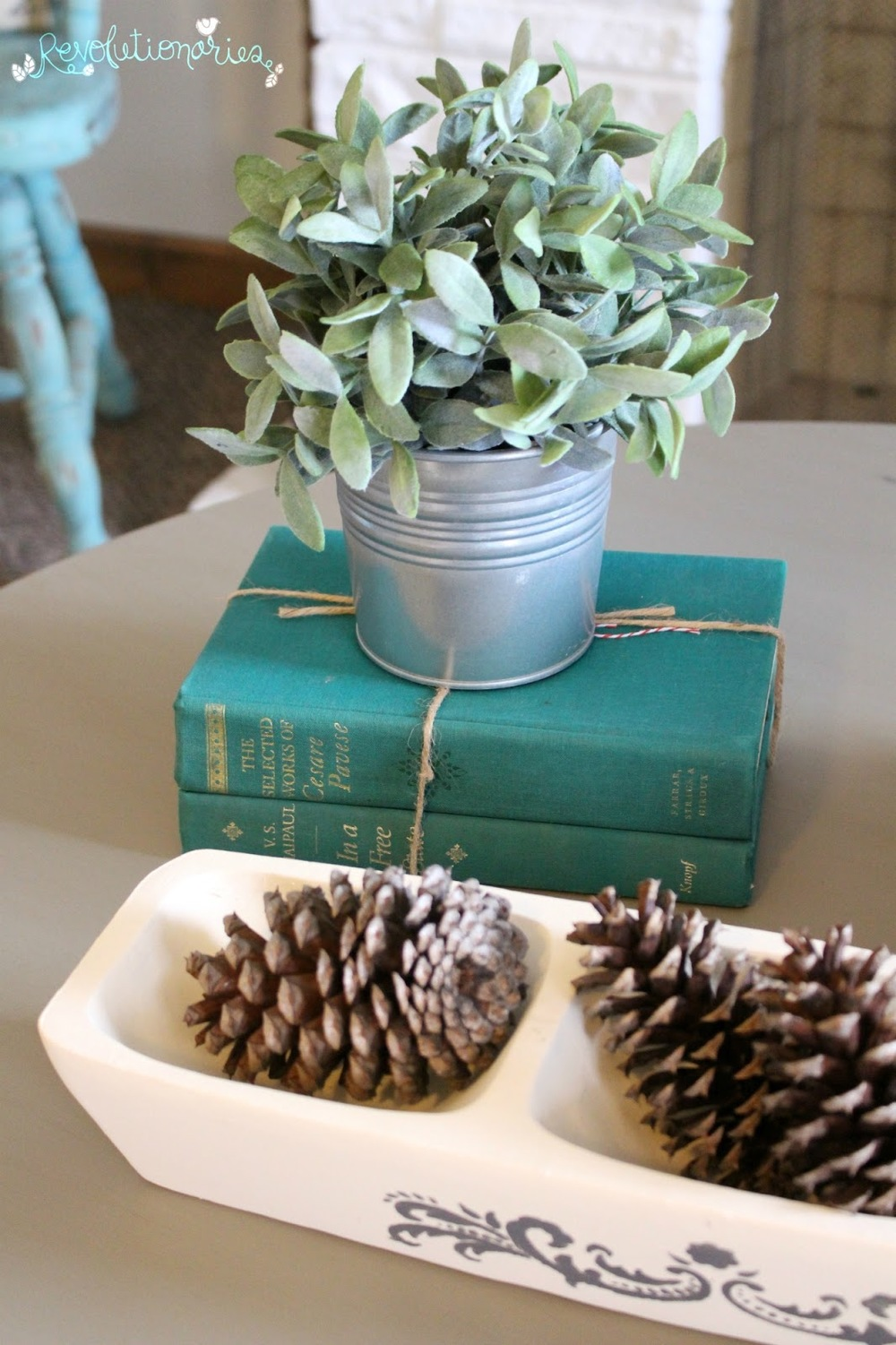 diy coffee table makeover with general finishes chalk style paint