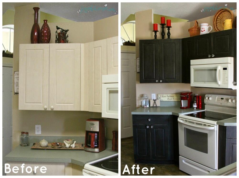 Chalk Paint Kitchen Cabinets: Momu0027s Kitchen Redo!