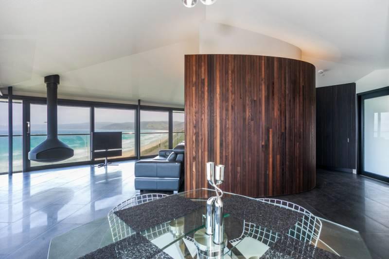 Frank Dixon - Pole House-10.jpg