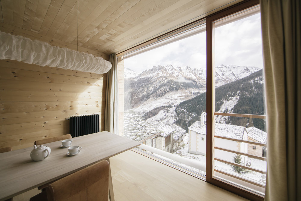 ZUMTHOR VACATION HOMES - Leis, Switzerland