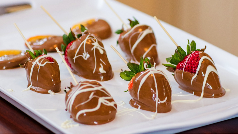chocolate-covered-strawberries.png