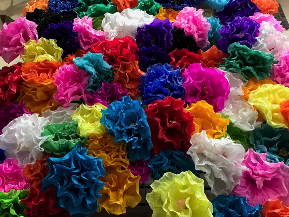 crate-paper-fiesta-flowers.png