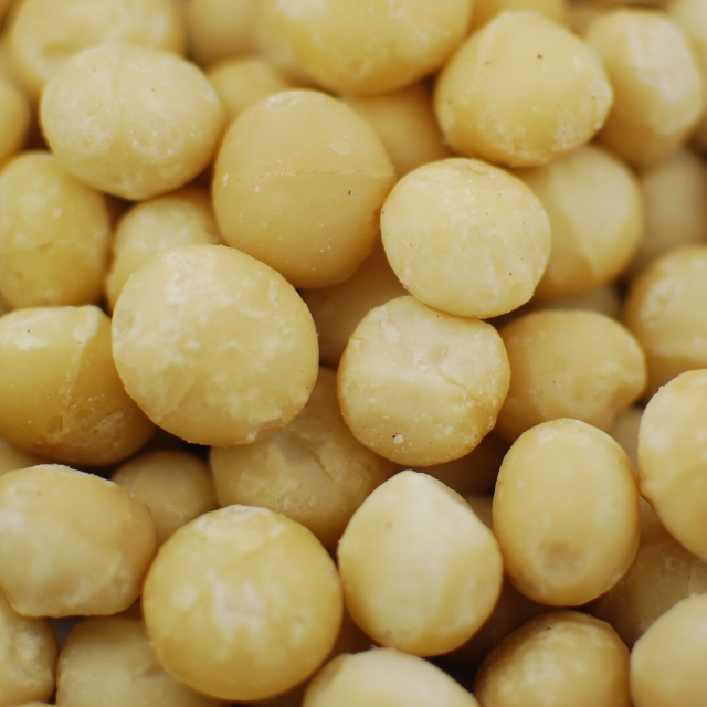 Style 0 - Whole Macadamia Nuts