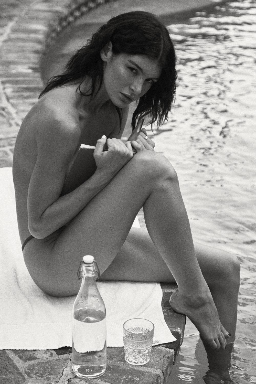 Bella Banos Nude Photos 48