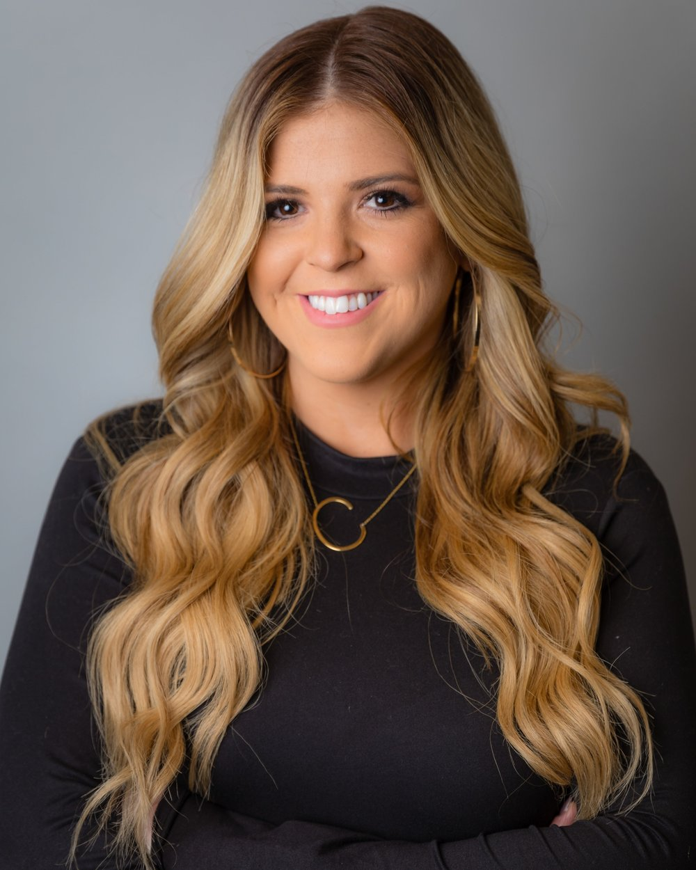 Casey Browne - @casebrowne_hairSince 2012I want my clients to feel confident and beautiful!SpecialtiesBalayage, foiling, long thick hair, beach wave styleRecent TrainingGoldwell: Robert Brown - Fierce Formulations & @PURE PIGMENTSGoldwell Academy NYCGoldwell: Formulation, Blondes & Highlights, Corrective WorkRedken Symposium Las VegasPrinciples of Cutting with Lauren Hagen