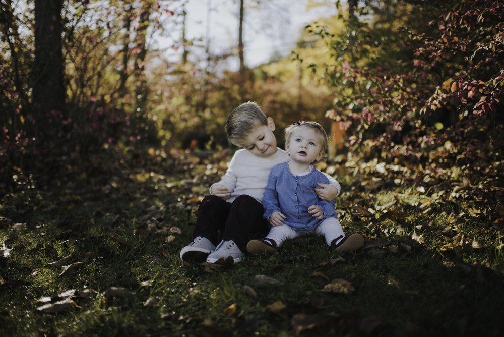 Siblings in Fairfield County Connecticut Kendra Conroy Photography