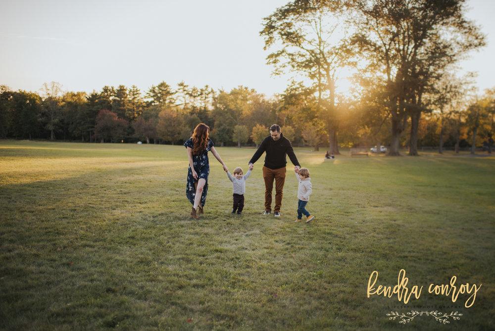 FallFamilyPhotographerNewtownCTfamilyphotographerKEndraConroyPhotography