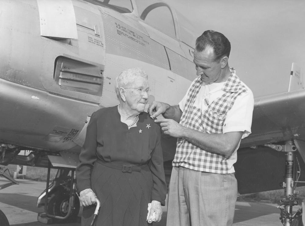 Judith Mckellar with NAA Pilot