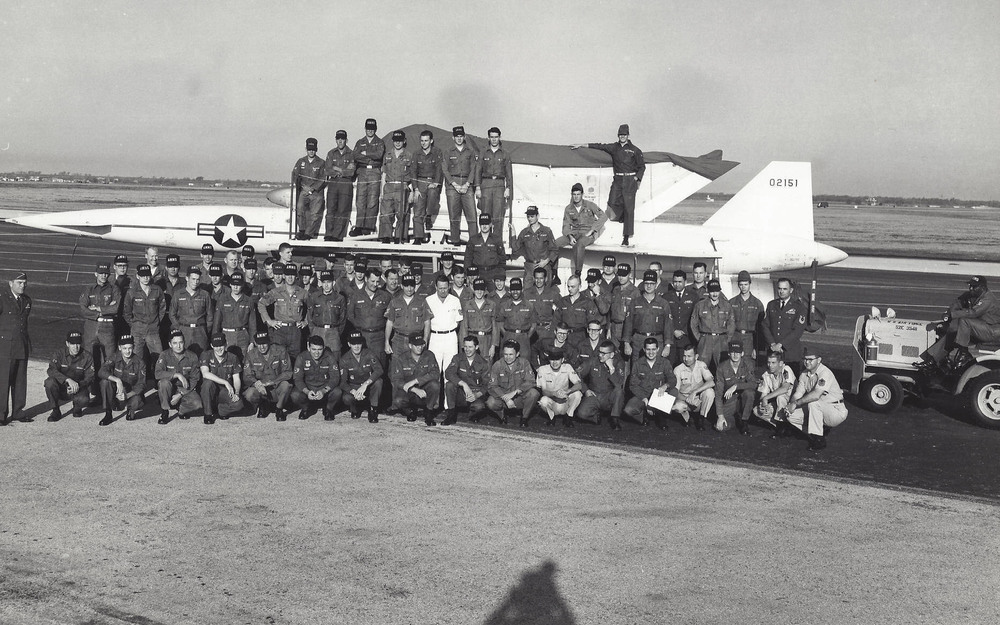 390th_AMMS_Troops_-_Bergstrom_AFB_-_1965 crop.jpg