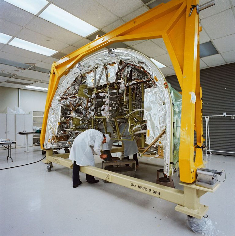 Atlantis' forward reaction control system is assembled at Rockwell's Palmdale facility in this photo from Oct. 6, 1983..jpg