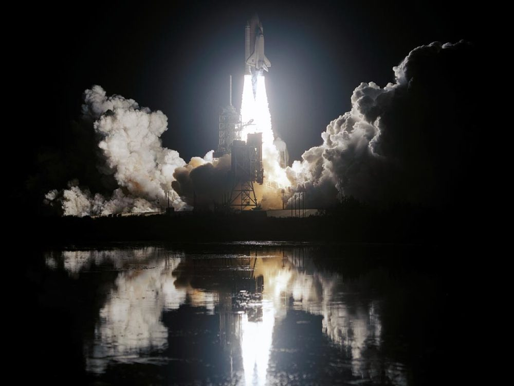 08 night_space_shuttle_launch.jpg