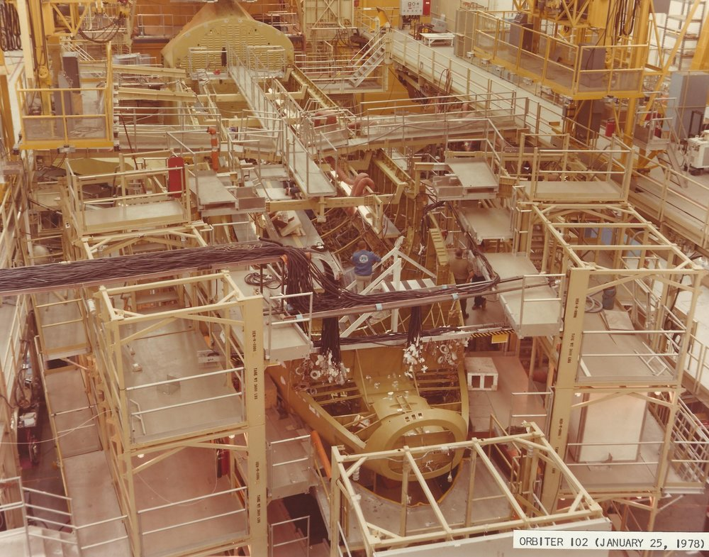 Orbiter 102 Crew Module April 1977 b Downey crop 1.jpg