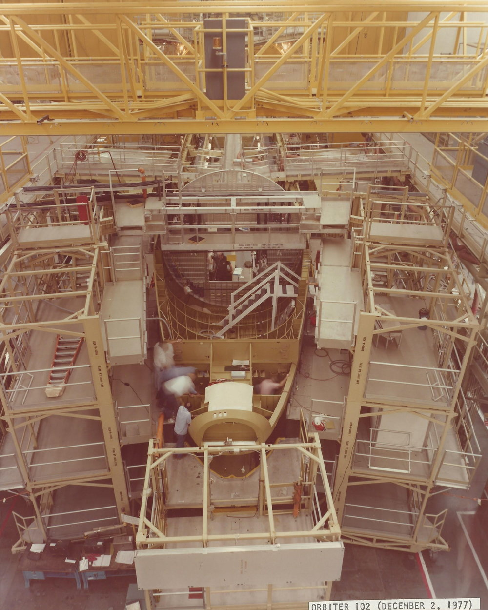 Orbiter 102 Crew Module April 1977 sub-system development a Dow 12.jpg