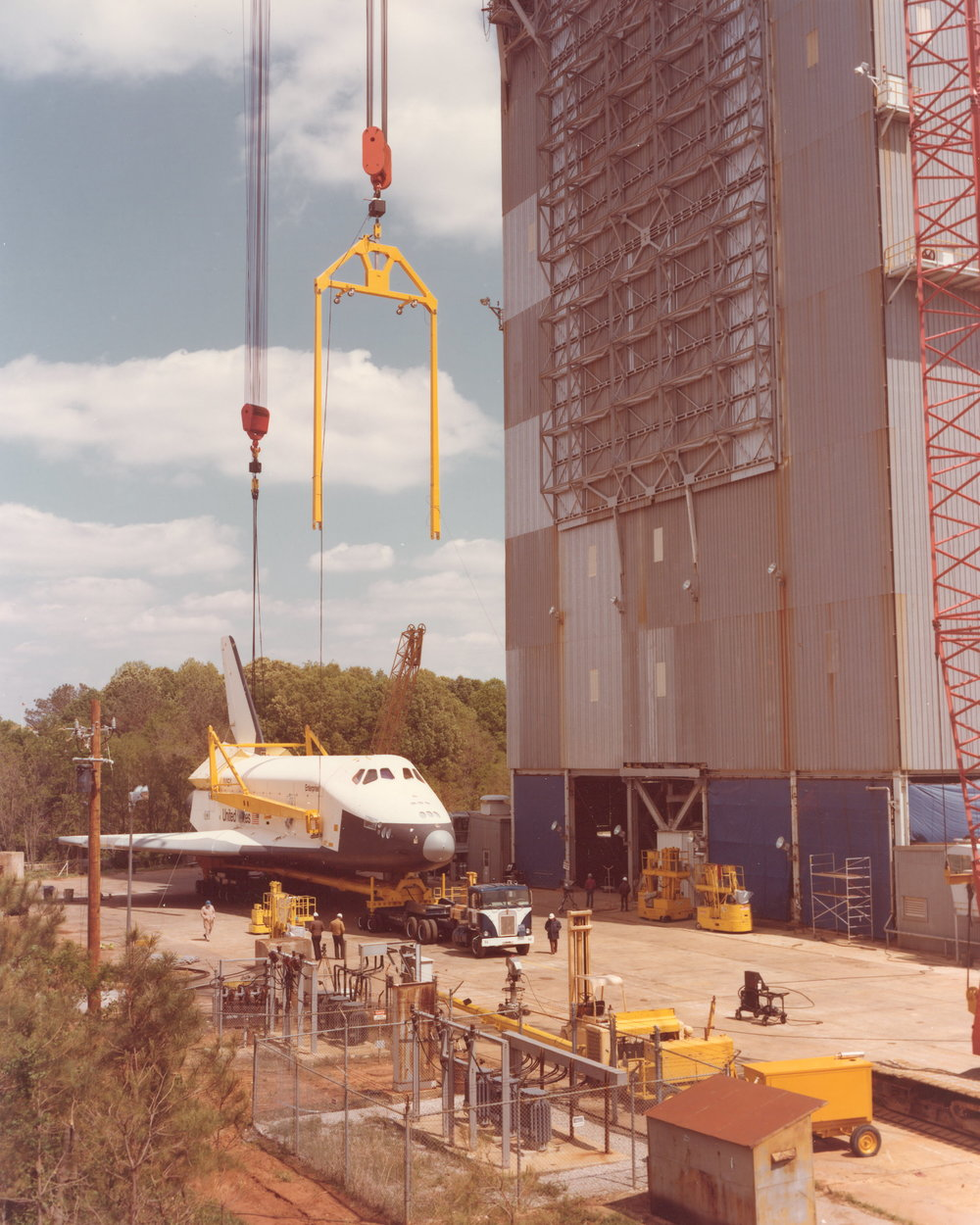 Orbiter OV101 demate on test pad.jpg