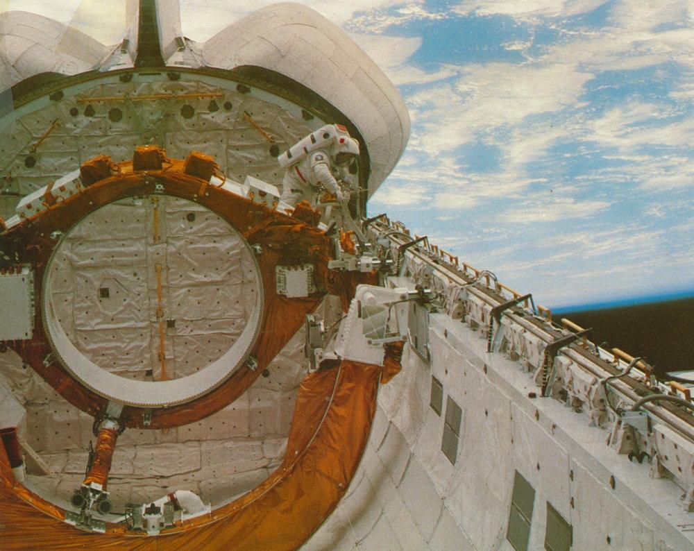 STS 6 Challenger EVA 001.jpg
