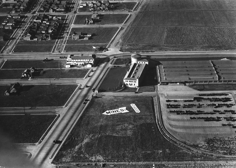 1928 Fliers seeking Mines Field, new municipal airport and site