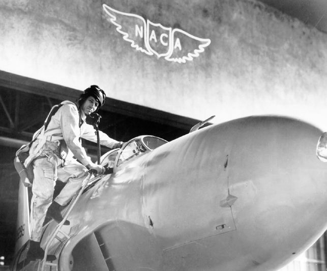 GPN-2000-001528 Lawrence Clousing with a Lockheed P-80